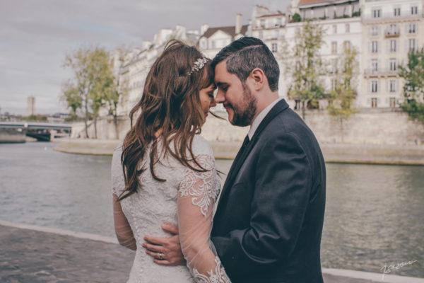 wedding and elopement photographer France - Paris - Isabelle Bazin - Isasouri Photo
